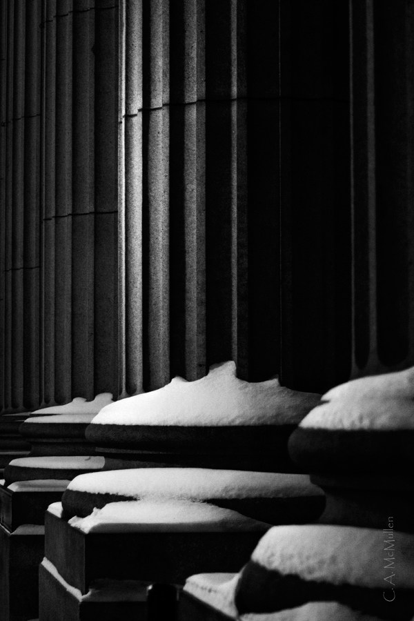 MG_1239-Column-and-Snow-Montreal-olg